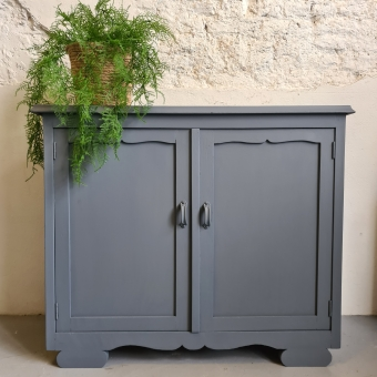 Ondiep kastje donkergrijs soapstone fusion mineral paint  Goed Gestyled Brielle