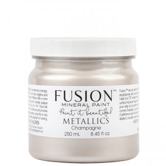 Champagne metallic Fusion Mineral Paint Goed gestyled Brielle