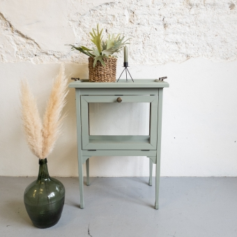 Theekastje oudgroen Fusion mineral paint goed gestyled brielle