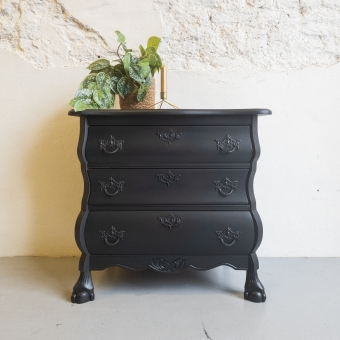 Buikkastje Coal Black fusion mineral paint Goed Gestyled brielle